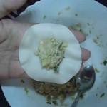 餃子の皮に包む 手順1
